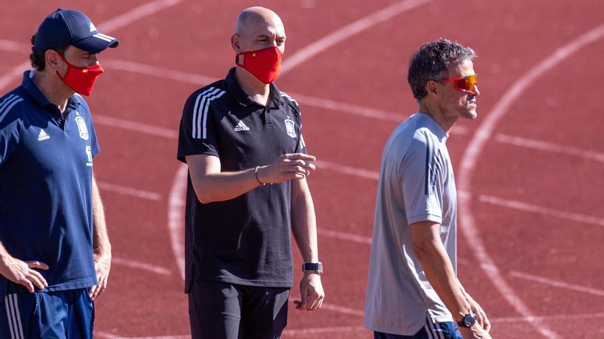 """La RFEF pide a los aficionados españoles residentes en Inglaterra que a Wembley: """"We need you"""""""