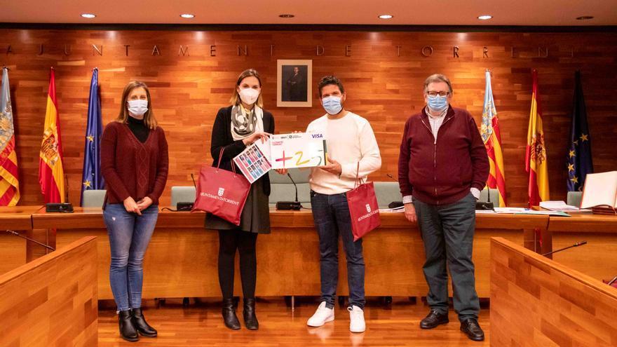Torrent premia a los participantes del concurso 'Qui sap més?'