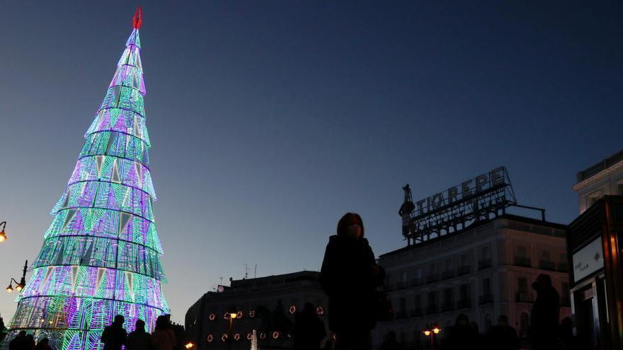 España se ilumina en Navidad como nunca para espantar el fantasma de la Covid