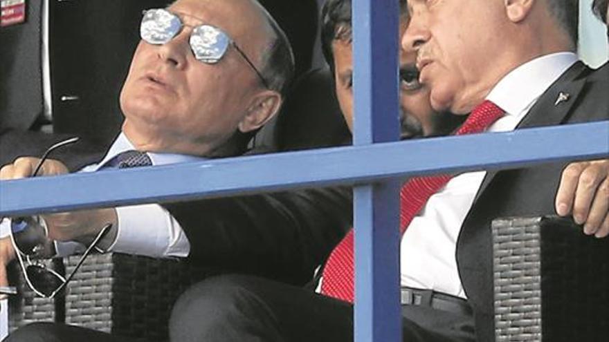 Putin ofrece a Erdogan un modelo de avión furtivo que EEUU le veta