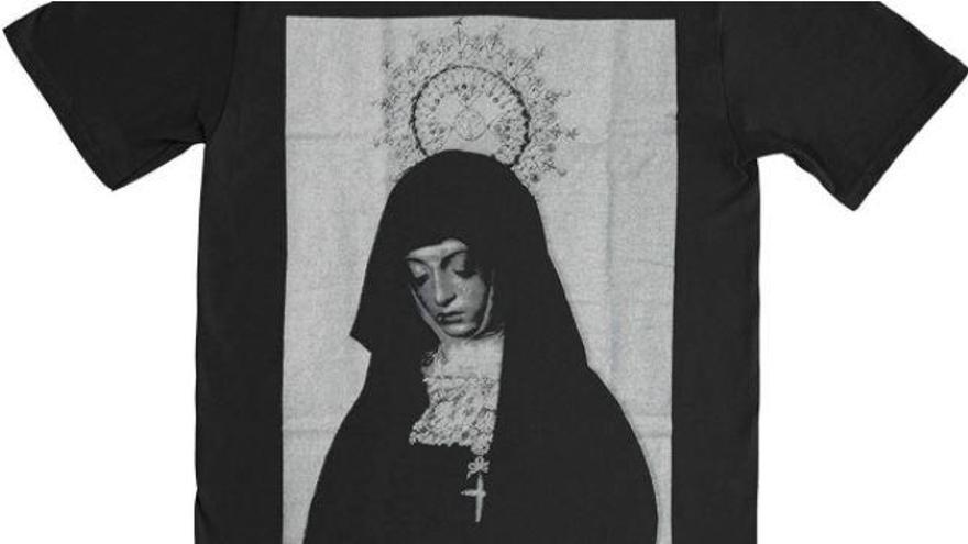 La Soledad de Zamora, imagen de una camiseta de un grupo británico de heavy metal