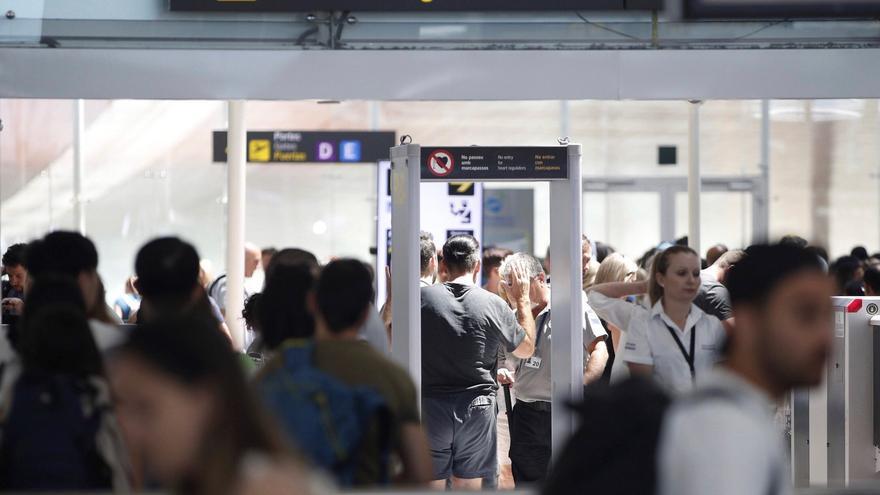 Detenido en el aeropuerto de Barcelona un violento miembro de la mafia rusa