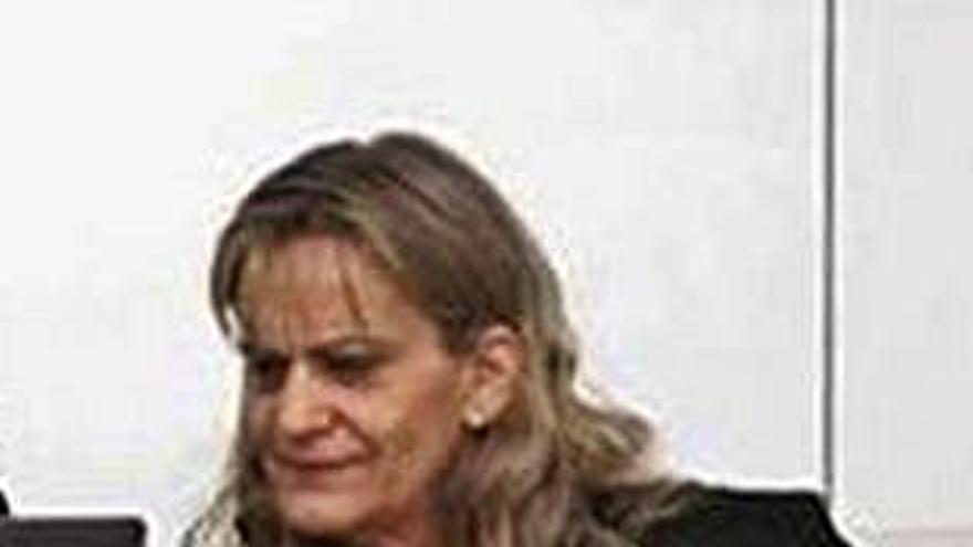 El PP propone a la juez Dolores Fernández Galiño como Valedora