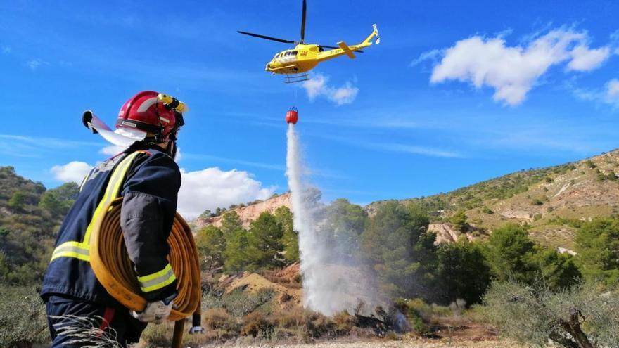 Controlado un conato de incendio junto al embalse del Mayés en Ojós