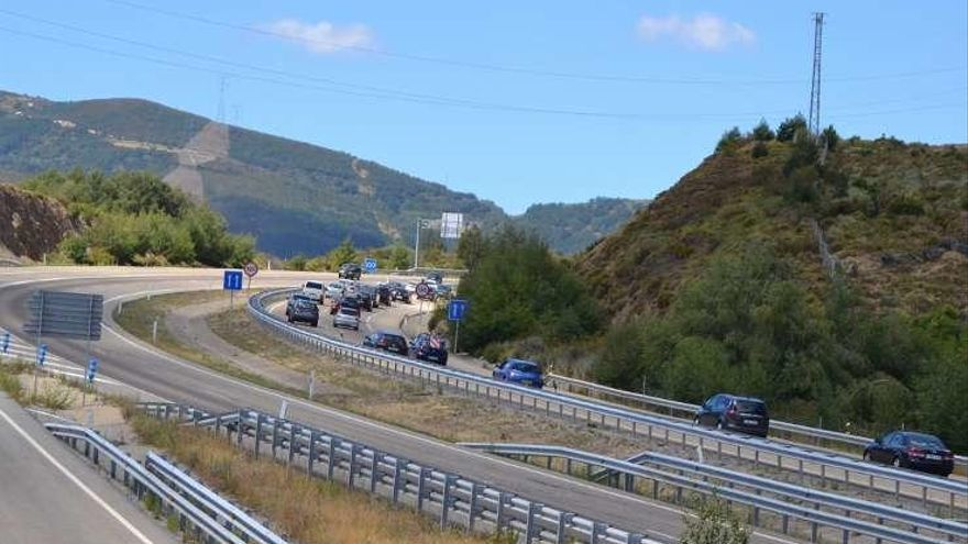 Las autovías A-6, A-66 y A-52, que cruzan Zamora, concentran los excesos de velocidad en la región