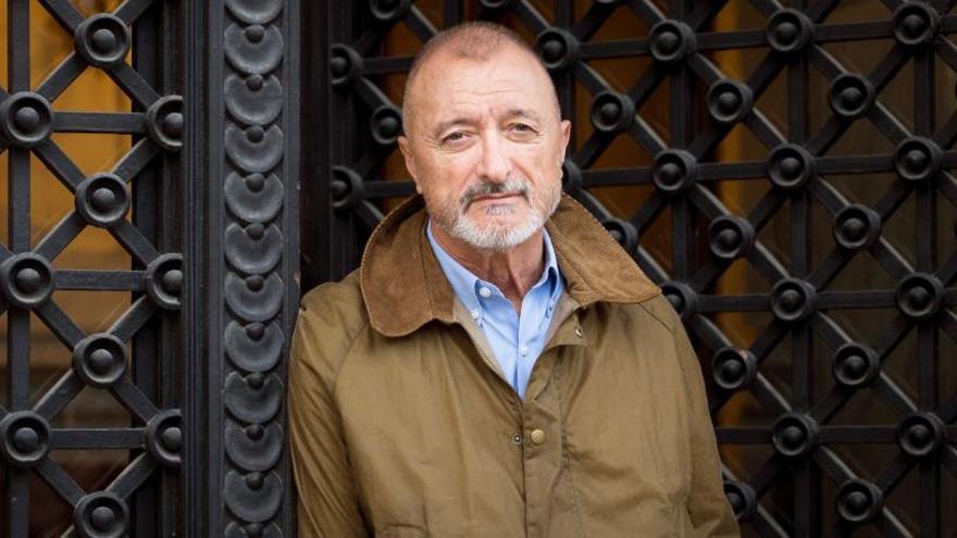 """Arturo Pérez-Reverte: """"No me envilezcas al Cid vinculándolo a Vox"""""""