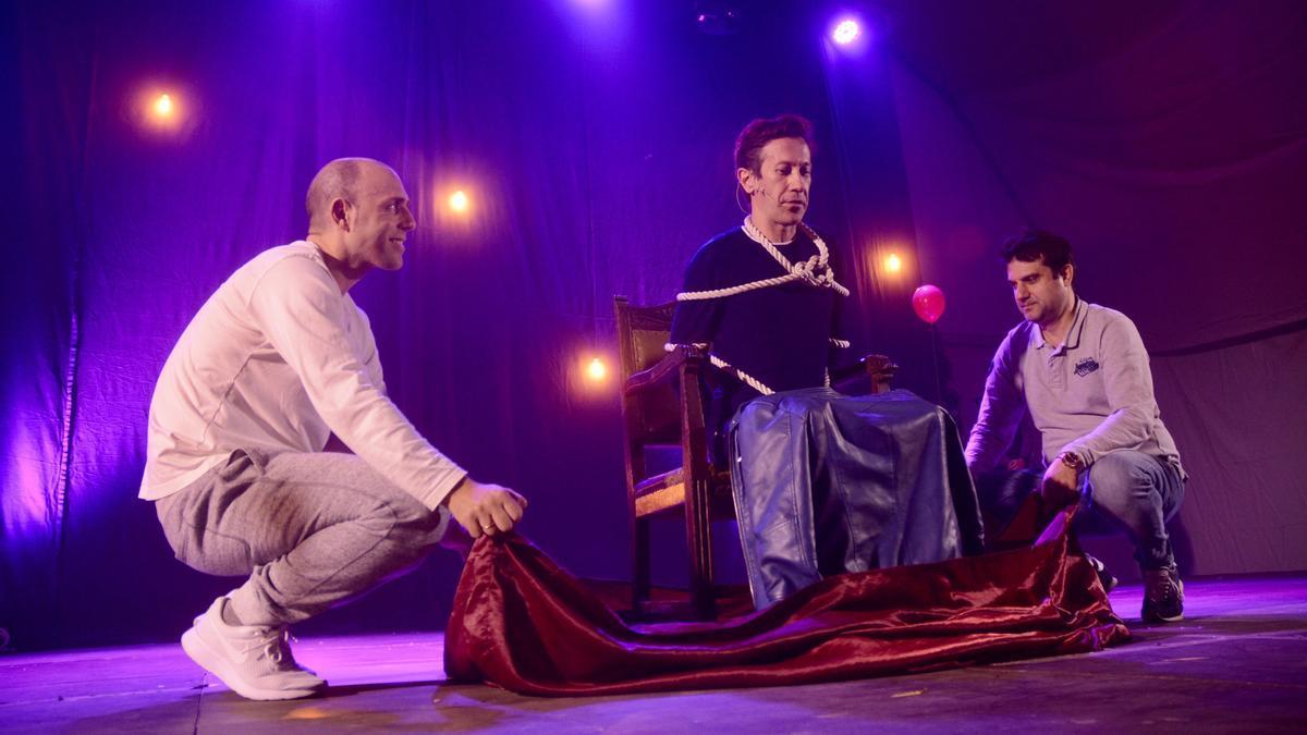 Pedro Volta en un espectáculo en Sanxenxo
