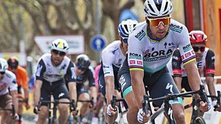 Peter Sagan s'emporta la cinquena etapa de la Volta amb final a Mataró