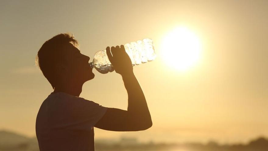 Canarias activa los avisos para la salud ante la previsión de altas temperaturas