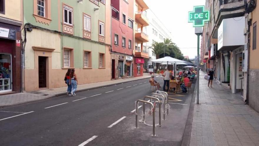 Tenerife por la Bici discrepa del reparto de nuevos aparcabicicletas en La Laguna