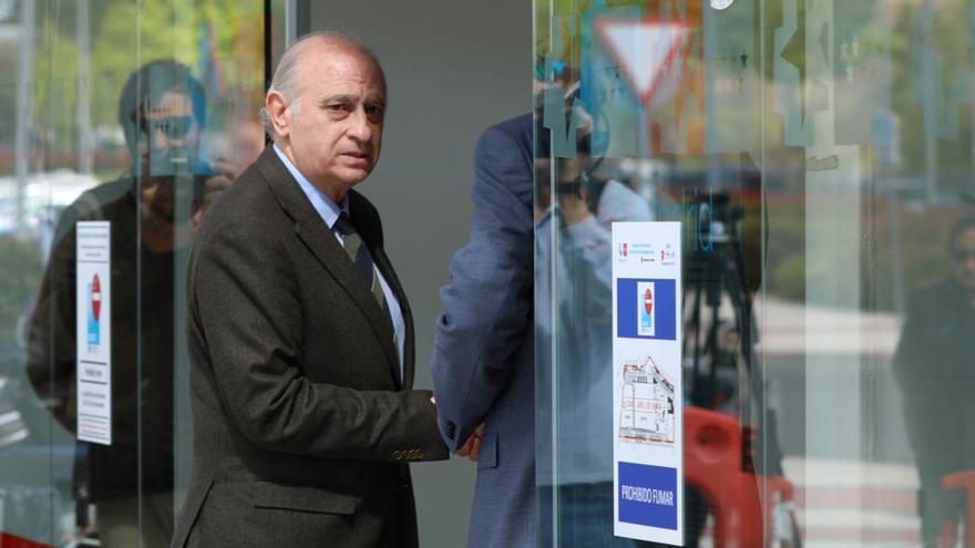 Fernández Díaz declara como investigado ante el juez