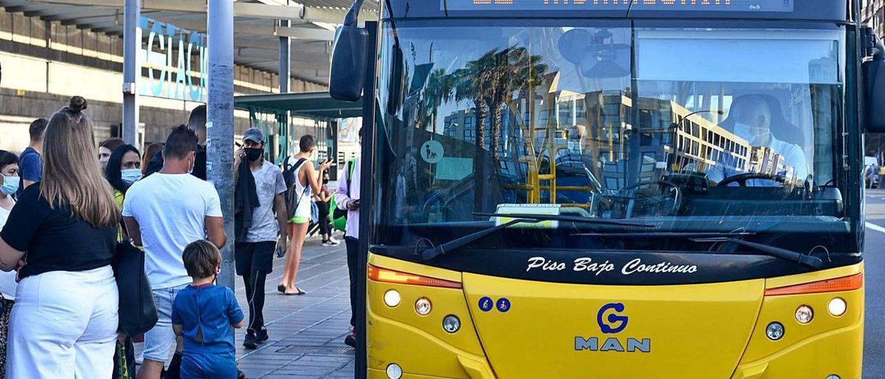 Guaguas Municipales reduce al 50% el aforo en sus vehículos por el nivel 2 de covid