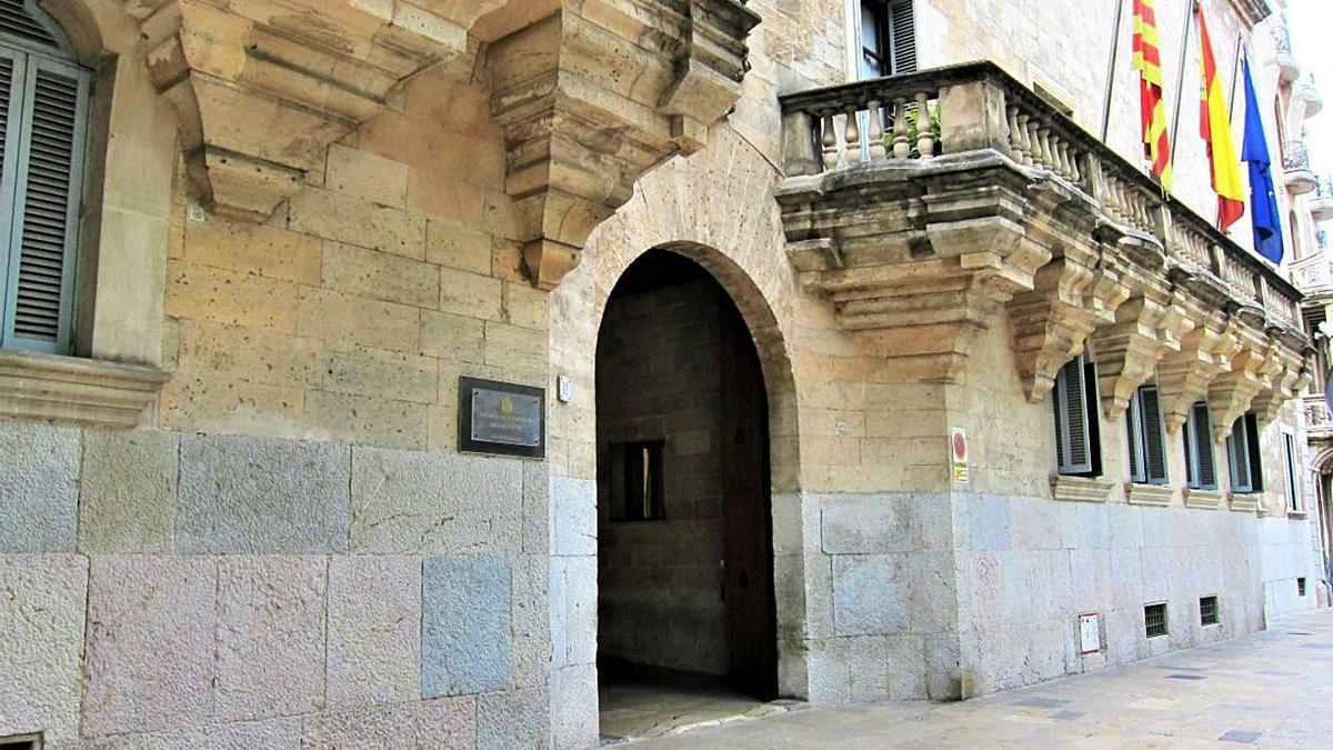 Fachada principal de la sede del Tribunal Superior de Justicia Balear.
