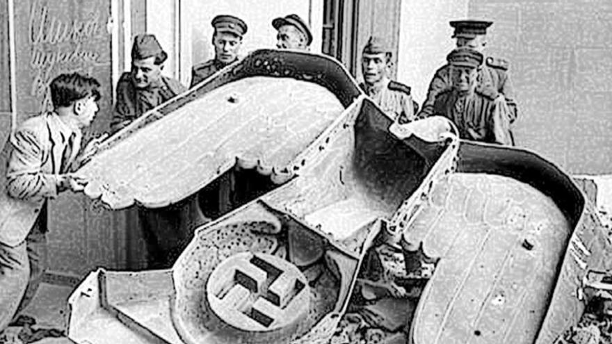 La caída del fascismo y el huevo de la serpiente