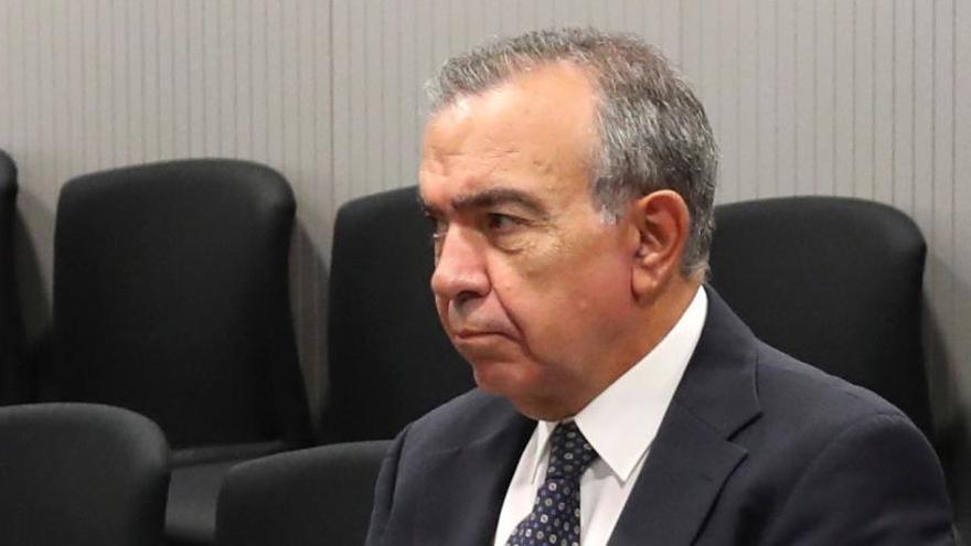 Condenan a López Abad, a Crespo y a 4 exconsejeros por el cobro de dietas de la CAM