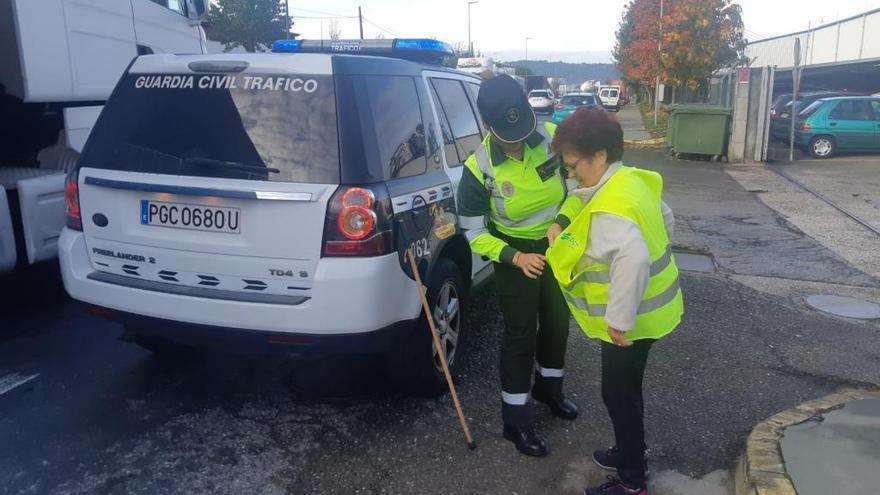 Más de 600 chalecos para evitar atropellos en Galicia