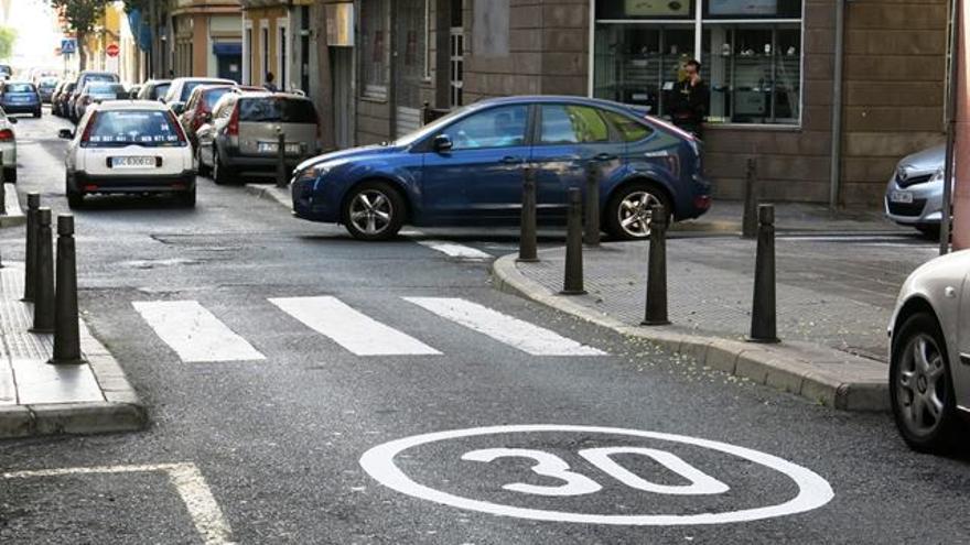 Las nuevas limitaciones de velocidad comienzan para reducir los siniestros