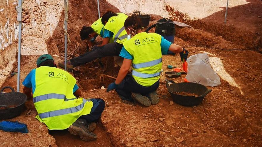 Sterbliche Überreste von 17 Franco-Opfern entdeckt