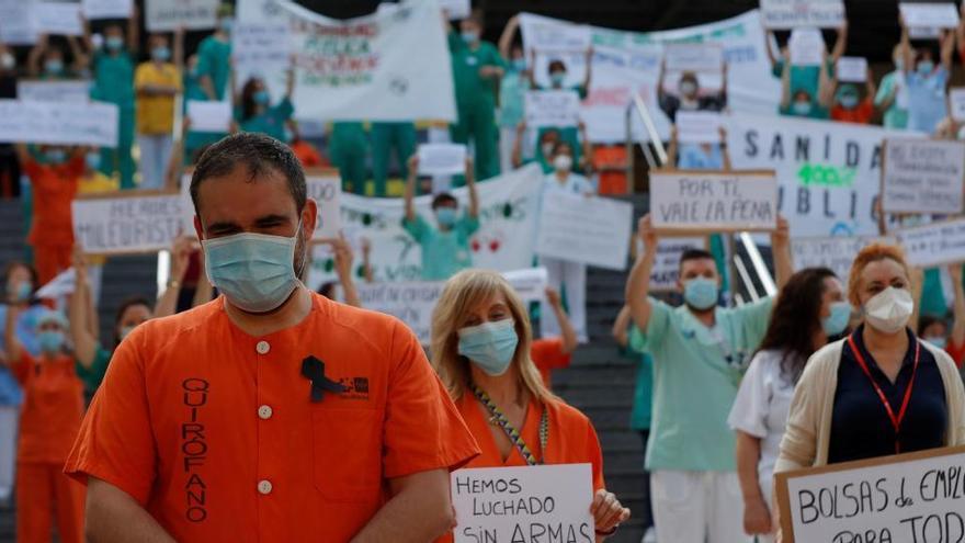 """La Sanidad pública de Madrid se moviliza ante su """"abandono"""" por la Comunidad"""