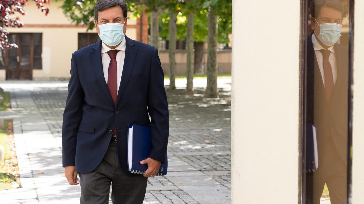El consejero de Economía y Hacienda, Carlos Fernández Carriedo, en una foto de archivo.