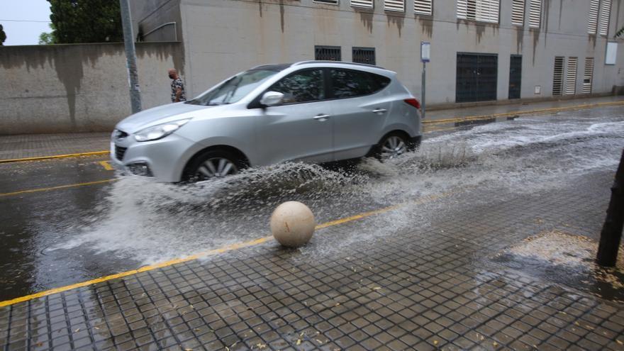 Consejos para conducir durante tormentas y lluvia intensa