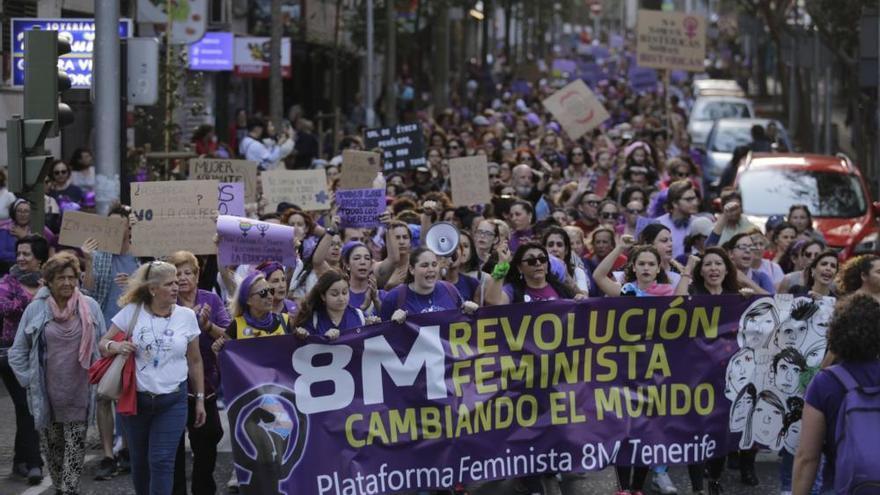 La revolución feminista toma las calles de Santa Cruz