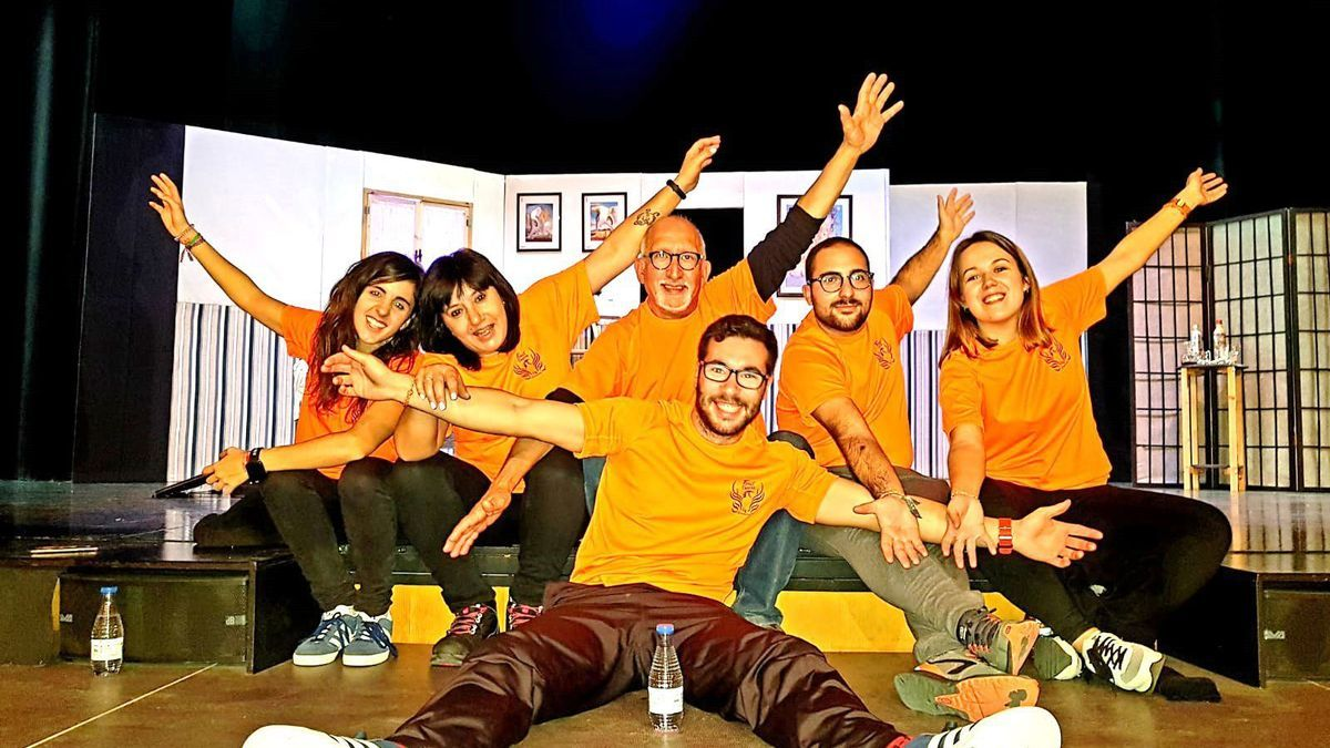 El grupo Fénix Teatro que actúa dentro del programa Verano Cultural