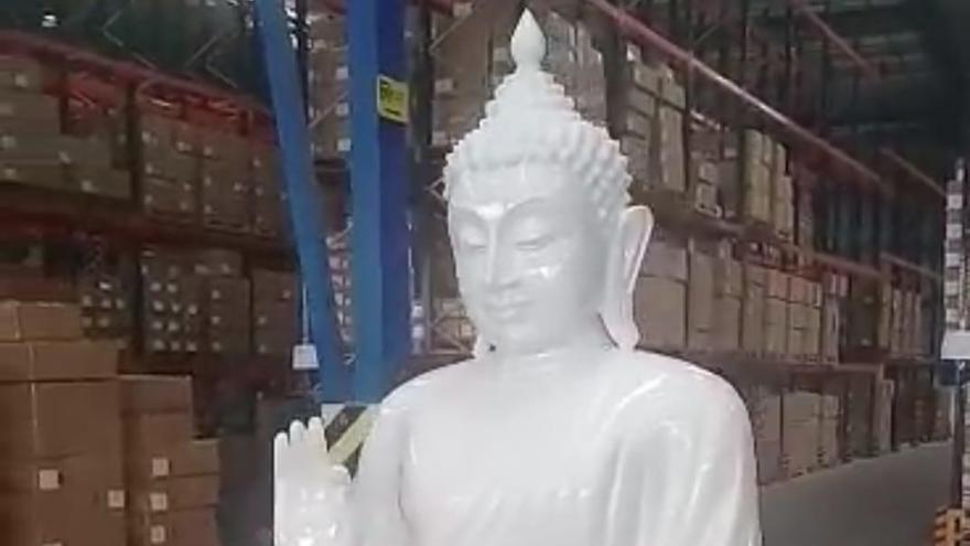El Edificio del Reloj del puerto exhibirá el Buda gigante de medio millón de euros