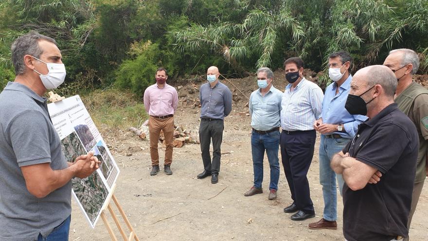 La Junta mejora las condiciones hidráulicas de desagüe del cauce del río de la Cueva