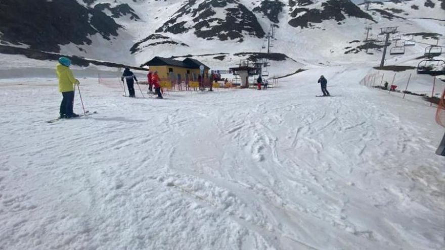 El Principado podría ampliar la campaña de esquí en Fuentes sin costes de gestión adicionales