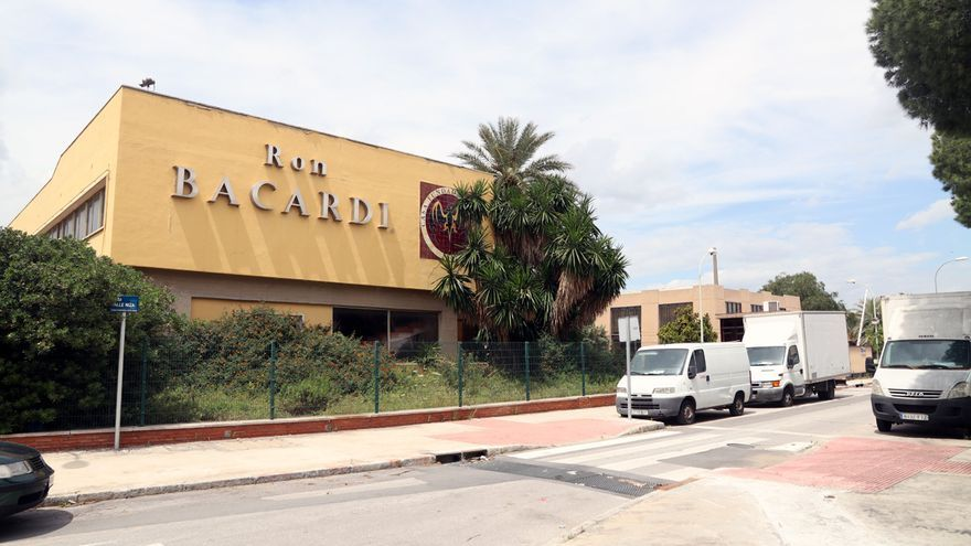Visita a la antigua fábrica Bacardí de Málaga, comprada por Aquila Capital
