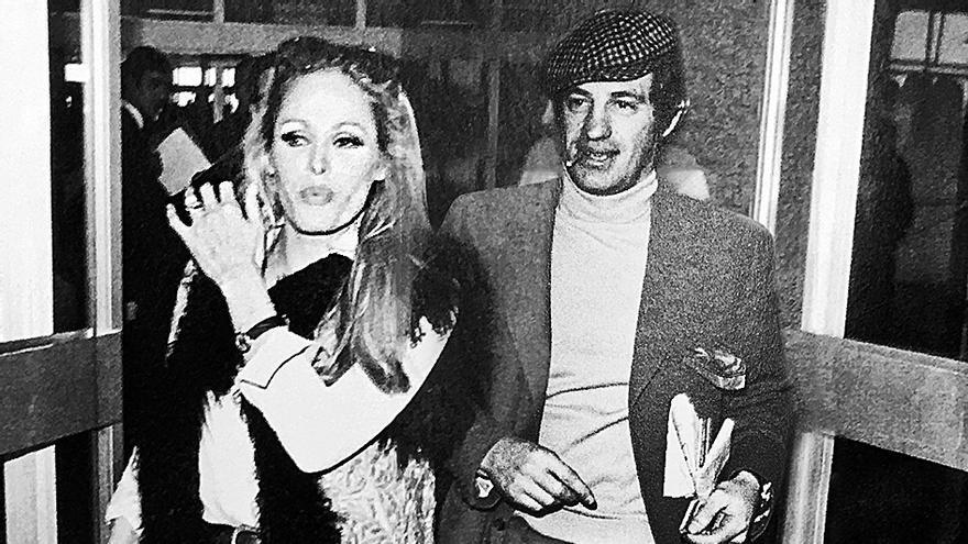 Jean-Paul Belmondo, un galán de vacaciones en Mallorca junto a Ursula Andress