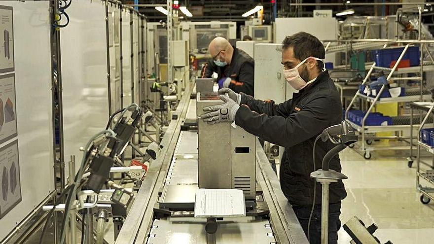 El centre de software de Seat entrega més de 30 projectes i contracta 85 treballadors més