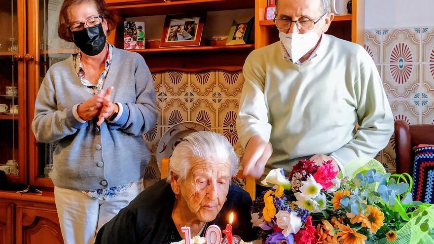 La abuela de Monesterio pudo celebrar su 101 cumpleaños en casa