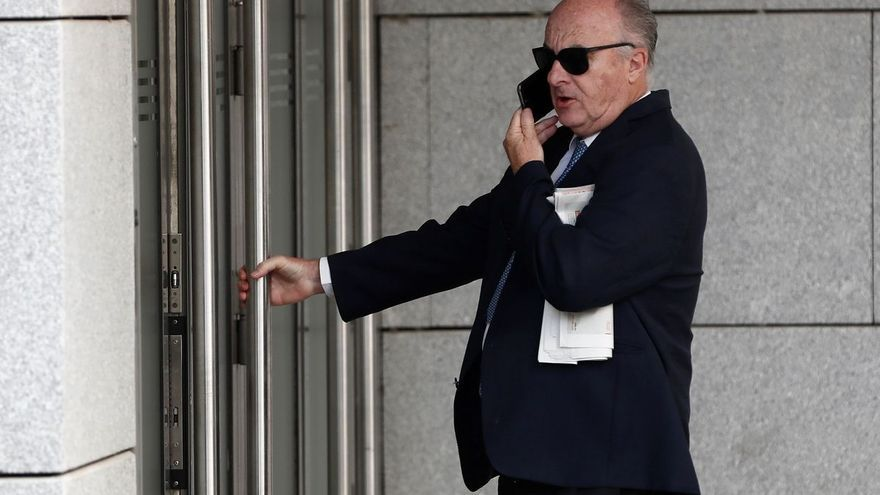 """La Policía Científica identifica a un excargo del PP que pidió 400.000 euros """"para las elecciones europeas"""""""