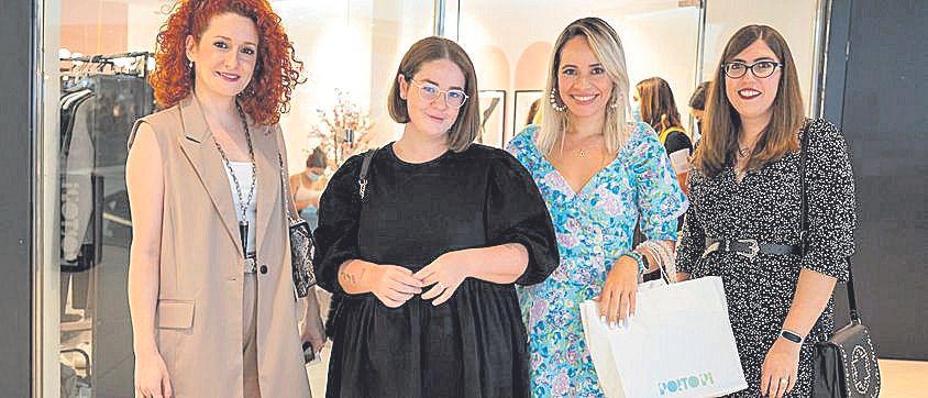 Marìa Aguiló, Elena Trigo, Karen València  y Araceli Cerdà.