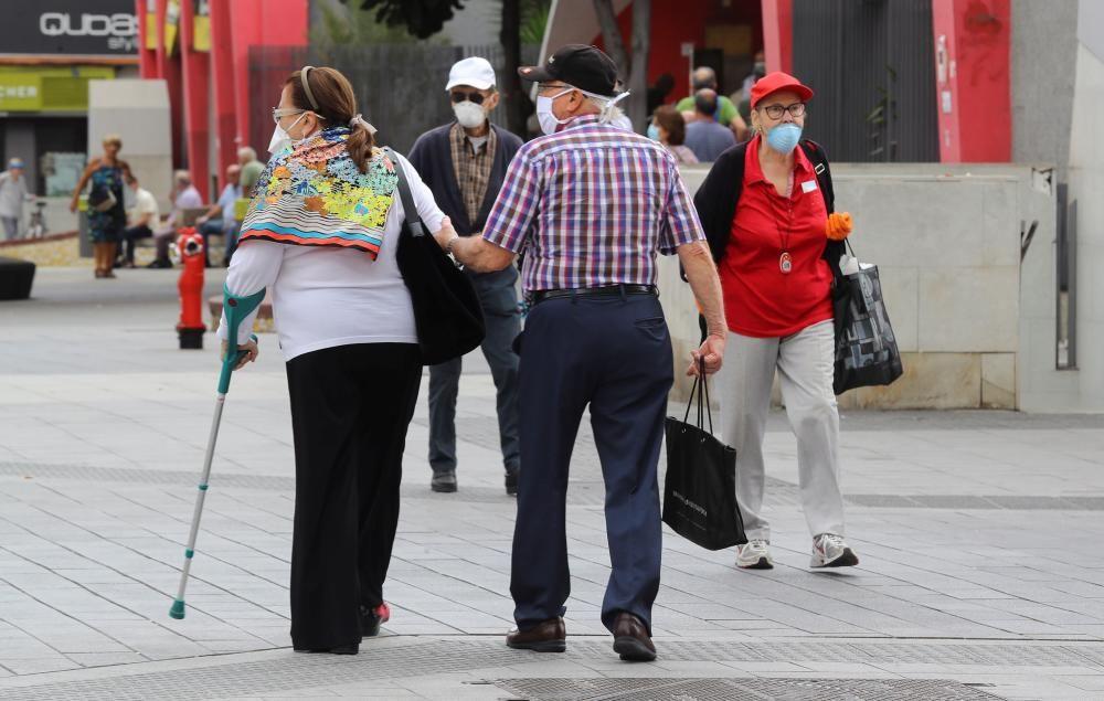 La vida vuelve a la ciudad de Las Palmas de Gran Canaria en los horarios de la fase 0