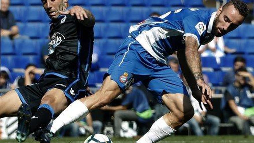 L'Espanyol enfonsa el Depor amb un bon inici de partit