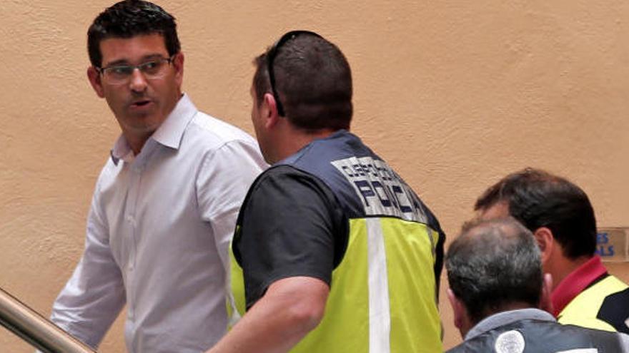 La Fiscalía Anticorrupción acusa a Jorge Rodríguez de crear una estructura de gobierno paralela en Divalterra con afines al partido