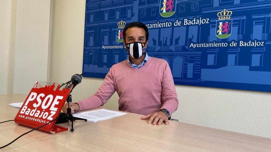 """Cabezas llama al consenso para diseñar el """"Badajoz del futuro"""""""