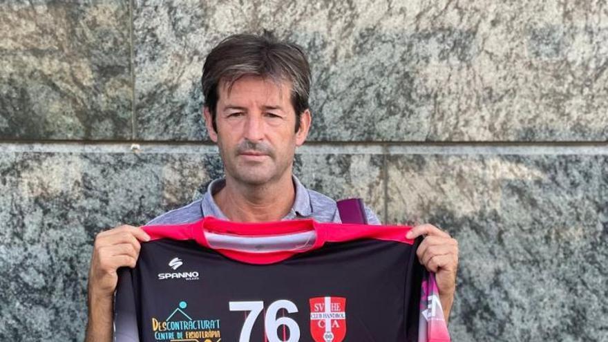 El experimentado Juanma Lozano dirigirá al Club Handbol Sueca