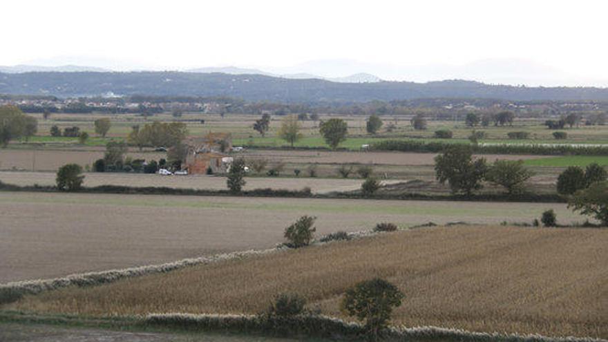 La plataforma veïnal contrària a l'aeròdrom de Bellcaire   presentarà al·legacions