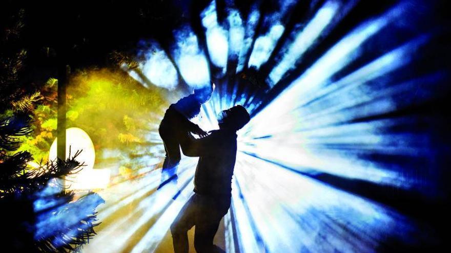 El Palmétum reanuda el viernes el espectáculo 'Naturaleza Encendida'