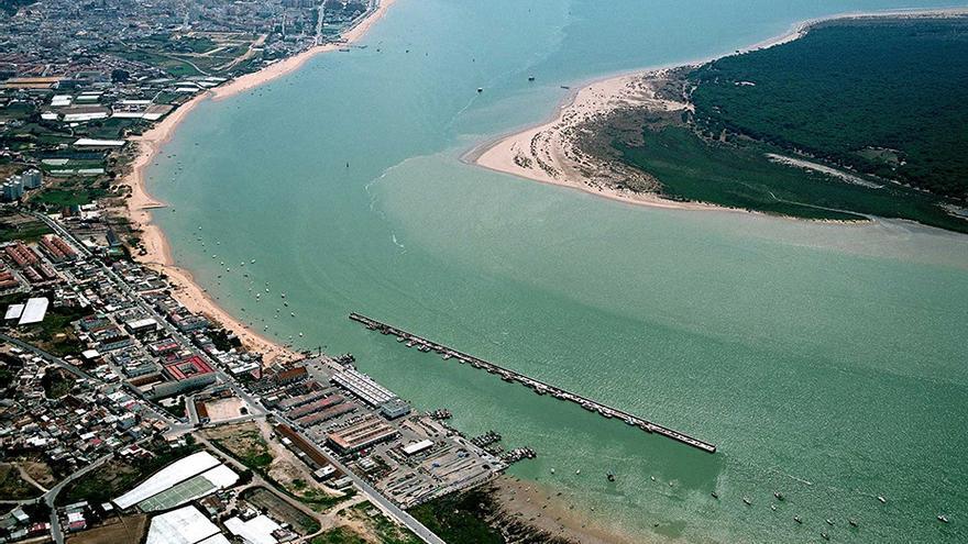Chipiona encarga un estudio para demostrar que el Guadalquivir desemboca allí y no en Sanlúcar de Barrameda