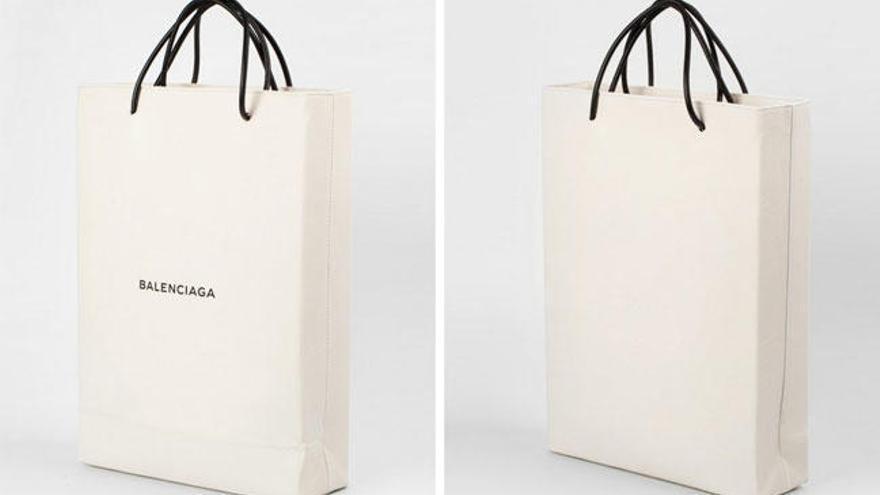 evitar calidad creativo  Balenciaga agota un bolso de 995 euros inspirado en su bolsa de la compra -  Faro de Vigo