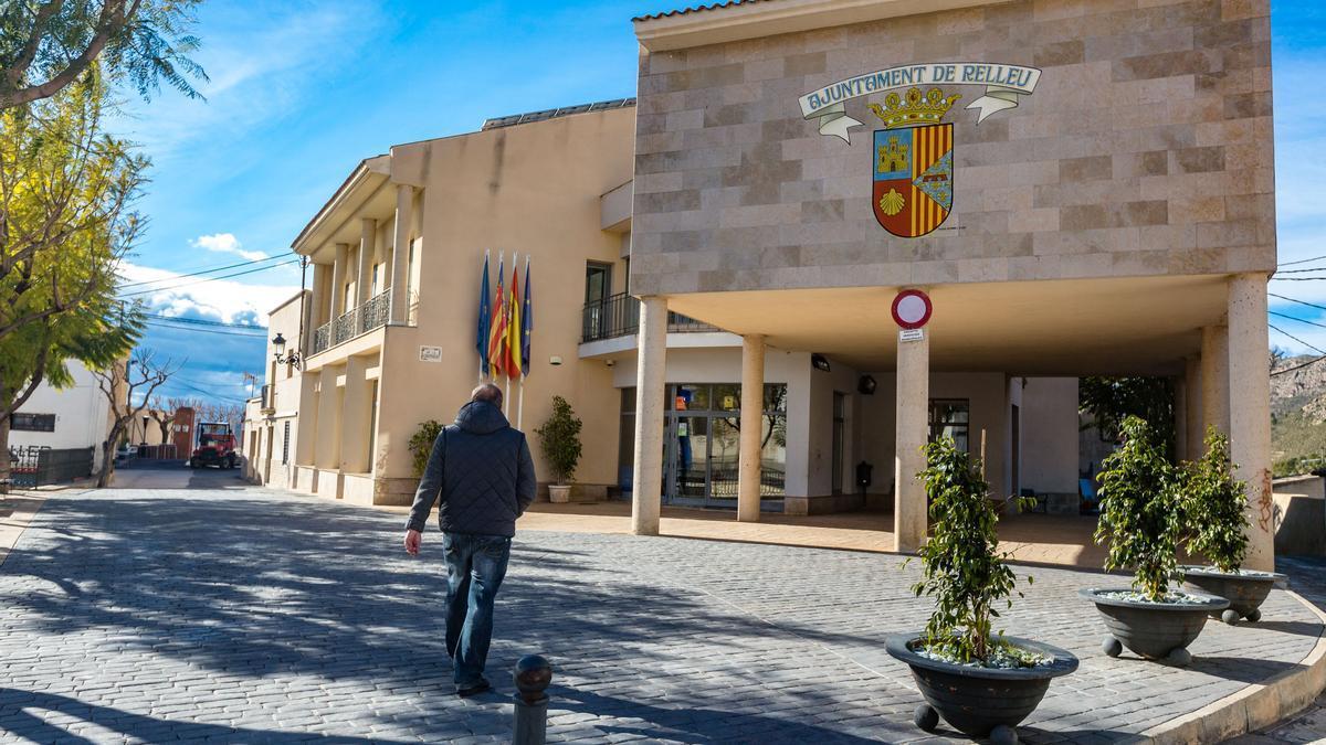 El Ayuntamiento de Relleu en una imagen de archivo.