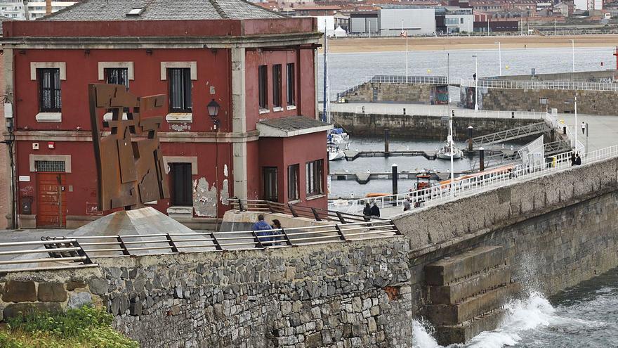"""El Puerto recuperará la posesión del Torreón, al que buscará un uso que """"aporte valor"""" a la zona"""