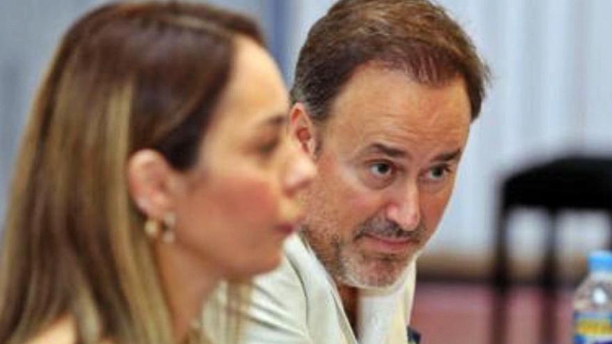 La OFGC revisa el contrato de Chichon mientras resuelve el protocolo de acoso