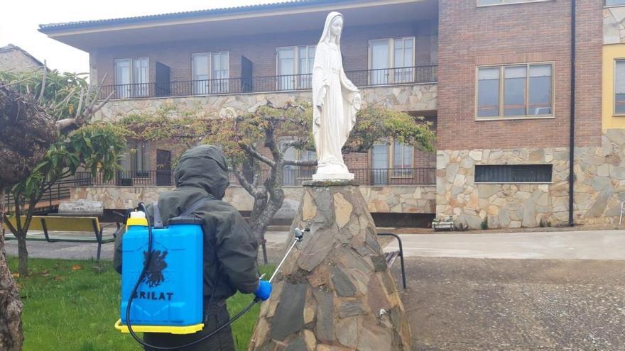 Sanidad pide a las residencias que eviten los traslados hospitalarios salvo excepciones