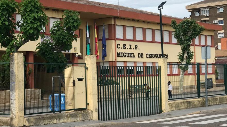 La empresa Fontelex acometerá las mejoras en el colegio Miguel de Cervantes